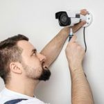התקנה עצמית של מצלמה בבית